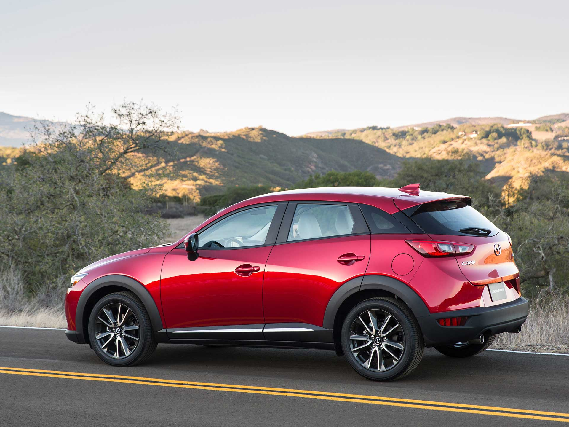 three motor quarters cx reviews en and front rating mazda cars canada trend