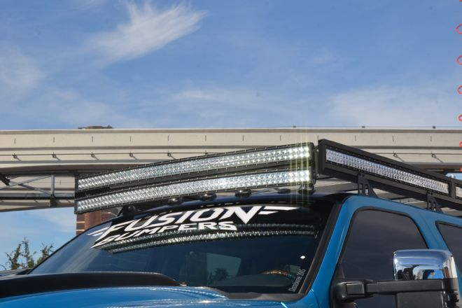The roof mounted led light bar is the cab visors cousin the drive httpfourwheeler aloadofball Images