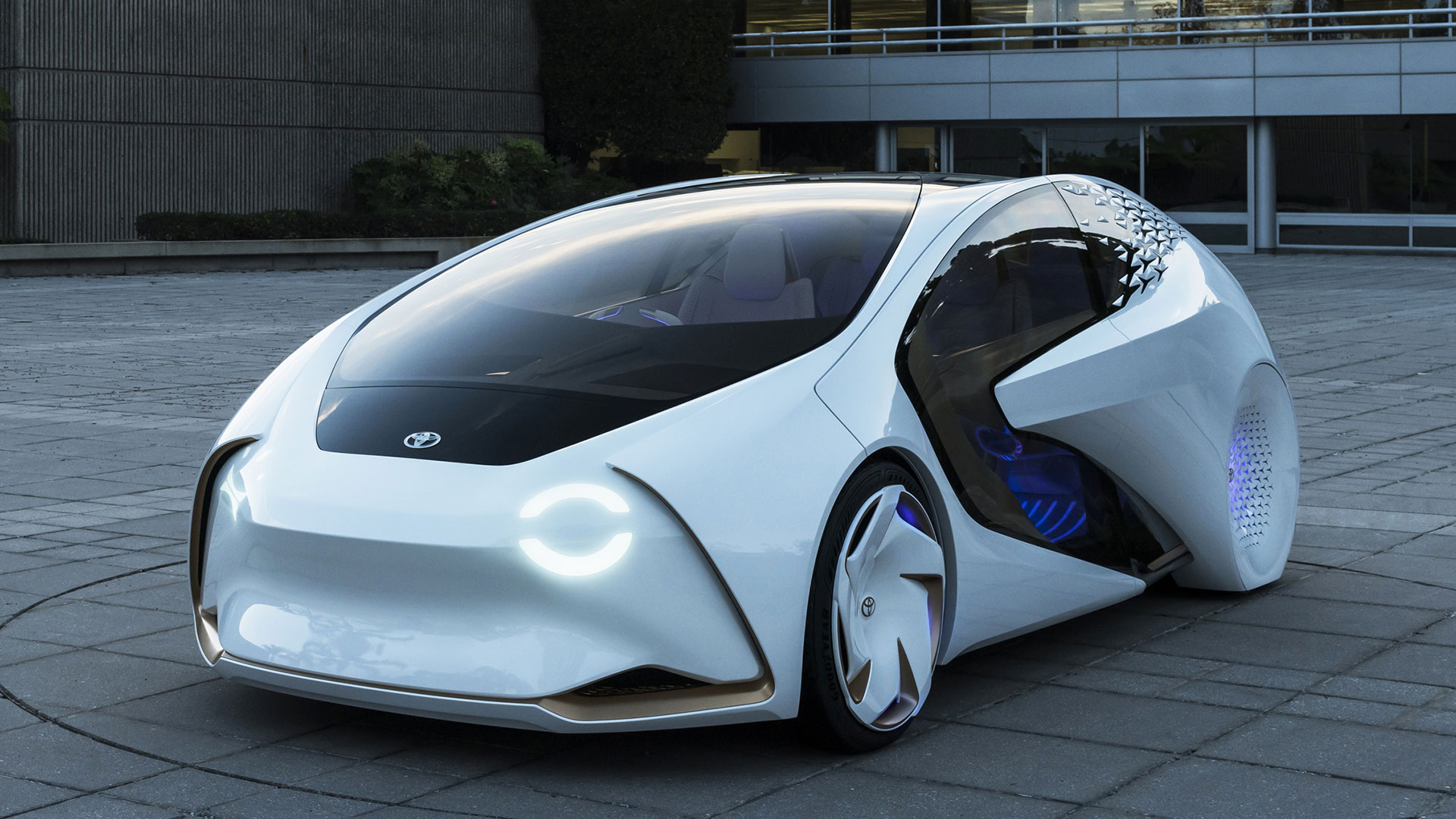 Original Toyota39s CES Concept Car Is A Futuristic Pod That Wants To