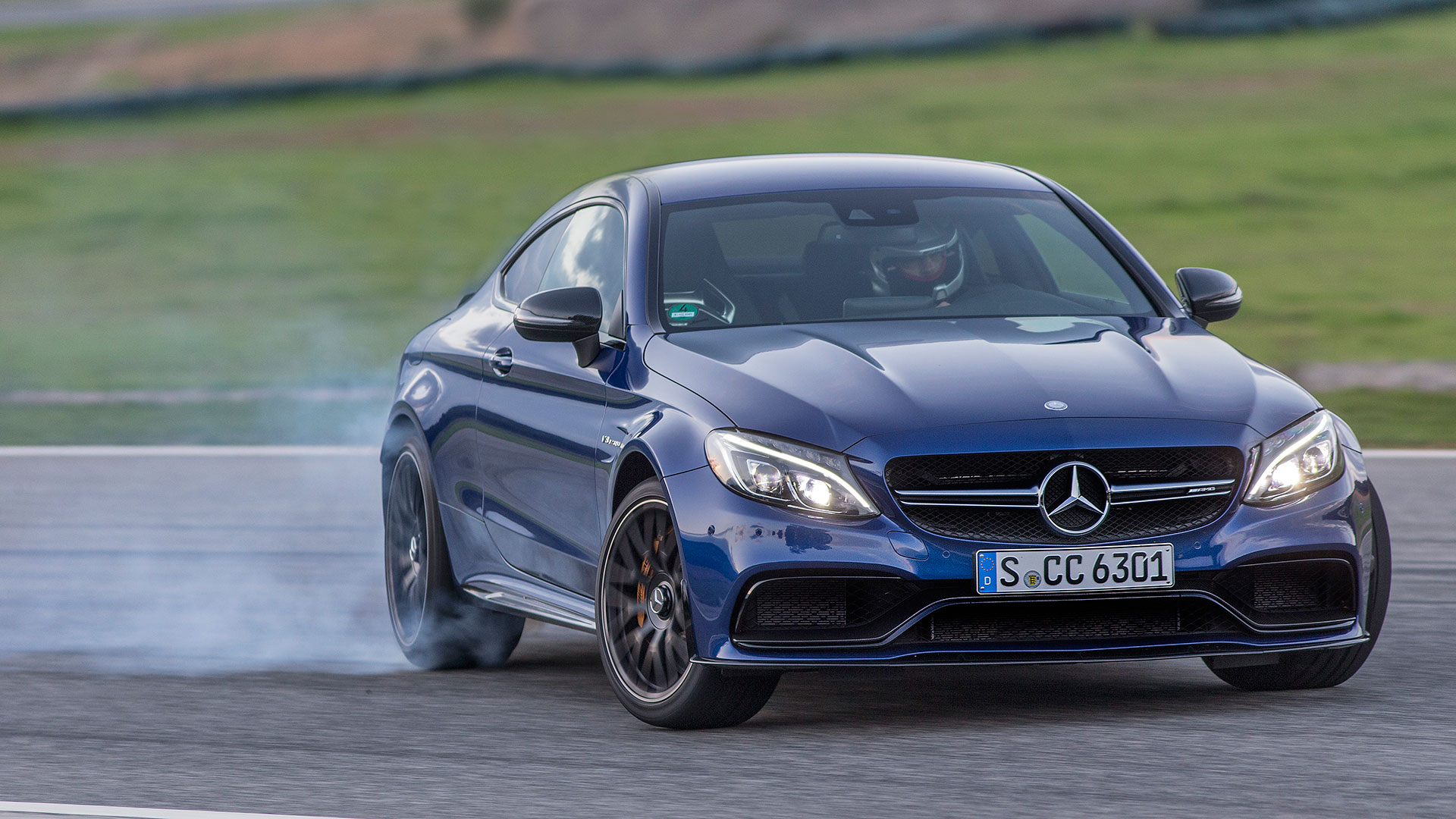 The 2017 Mercedes Amg C63 S Coupe Smacks Down Bmw M4 Cadillac Ats V
