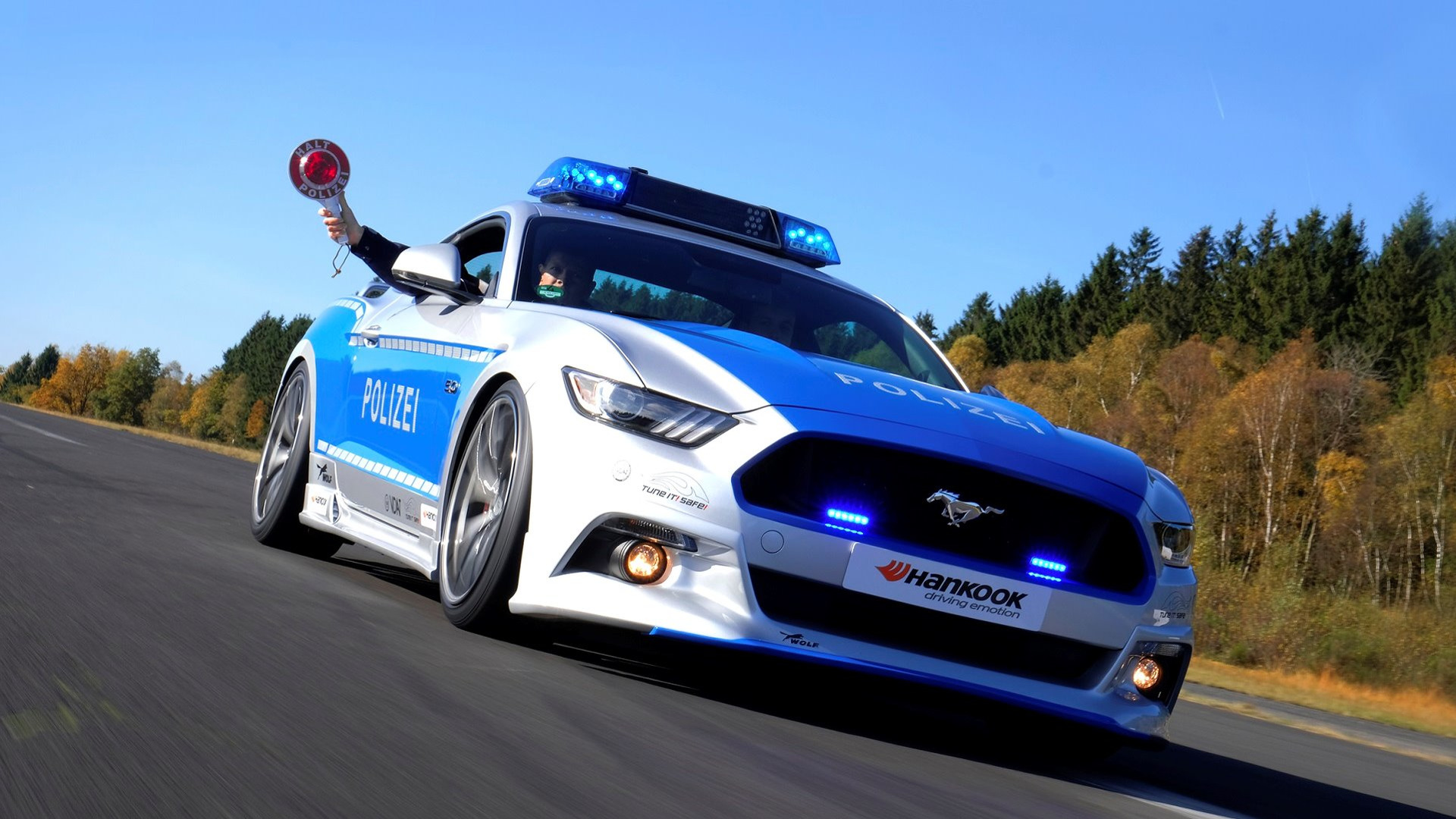 Germany S New Ford Mustang Gt Police Car Looks Rad The Drive